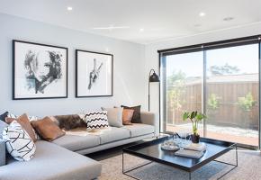 Design-Rouge_Simonds-Warragul-Mondello-Display-Lounge